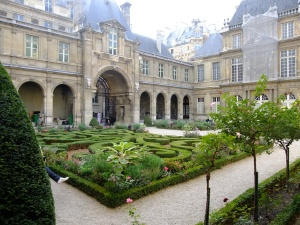 Courtyard at the Paris Museum (Musée Carnavalet)
